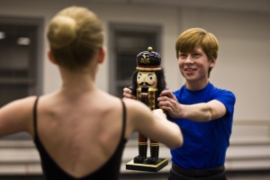 matthew-cunningham-rehearses-for-his-role-as-fritz-in-ballet-west-nutcracker-2008