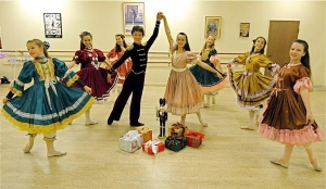 pacific-festival-ballet-nutcracker-stars-hogan-fulton-13-as-prince-2008