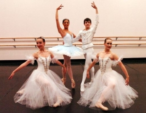 michael-burfield16-in-ballet-lubbock-nutcracker-2007