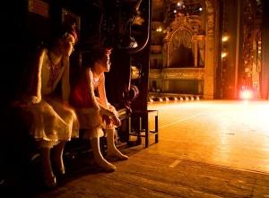 vaganova-ballet-academy-backstage-2007-by-rachel-papo