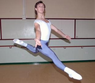 Ben Mooney, 16, Central School of Ballet 2009