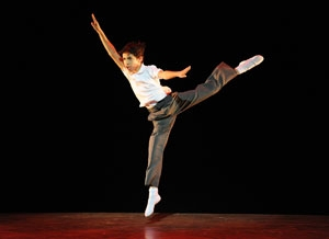 Dayton Tavares as Billy Elliot