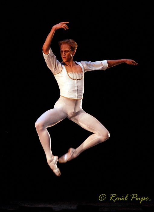 David Hallberg Leaps From Abt To The Bolshoi  Boys And Ballet-7236