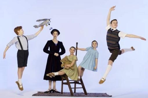 London Children's Ballet's Nanny McPhee (photo by Johan Persson) 2014-01