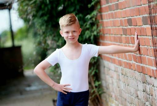 Pictured: Harvey Woodward, now aged 9, was born with kidney problems and had to have operations to remove part of one of his kidneys when he was a very young baby. See News Team copy NTIBILLY. A real life Billy Elliot is celebrating after he battled back from cancer and near kidney failure to become a ballet dancer.Young Harvey Woodward was diagnosed with kidney disease before he was even born - and was whisked into major surgery when he was just hours old. After a series of grueling operations doctors thought they had cured his problems, only for his parents to notice a lump on Harveyís neck.