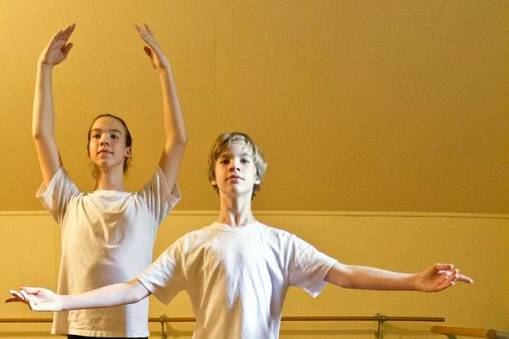 Ian Brooks, 14, and Quinton Brooks, 10, are the best ballet students Dawn Marti has ever had (Jaime Carrero, The Victoria Advocate) 2015