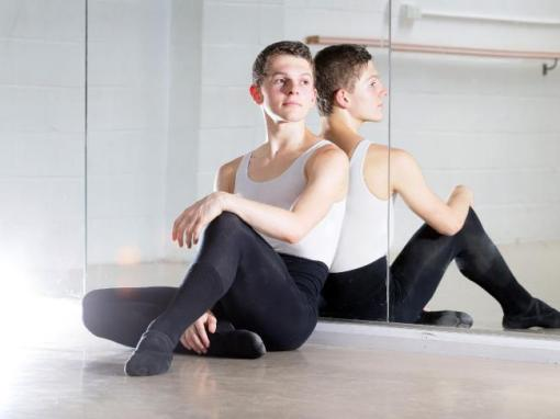 Thomas Dilley at Premiere DanceElite studio, Tuggerah. He started taking ballet seriously when he was 12 (Peter Clark) 2015